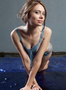 Фото проститутки СПб по имени Валентина +7(931)262-51-75