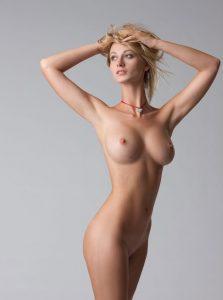 Фото проститутки СПб по имени Вика +7(931)969-55-46