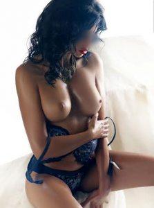 Фото проститутки СПб по имени Зина +7(931)270-82-95