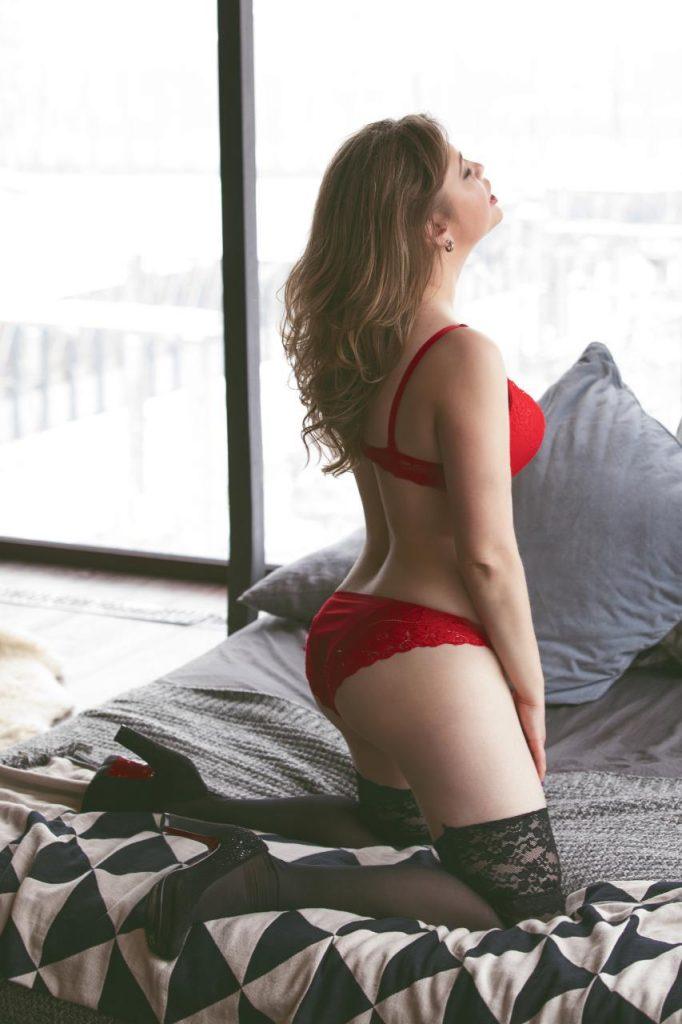 Фото проститутки СПб по имени Лена +7(931)008-87-25