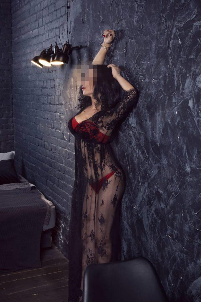 Фото проститутки СПб по имени Кира +7(999)026-76-13