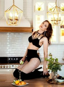 Фото проститутки СПб по имени Марина +7(921)582-31-85
